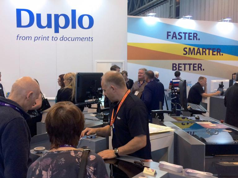 Duplo Focuses on Seamless Solutions at Print Show